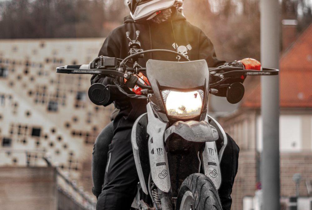 Det är inget brott att gilla motorcyklar